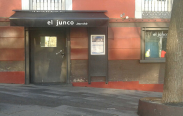El Junco Jazz Club, entrada
