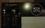 The Monkey, puerta